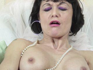 смотреть онлайн бесплатно порно зрелых чулки