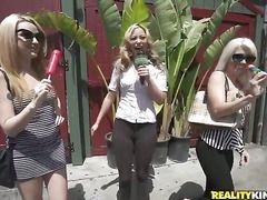 порно блондинки группа