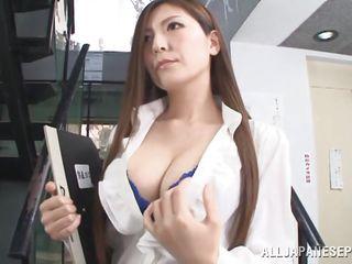Учитель занимается сексом с учеником