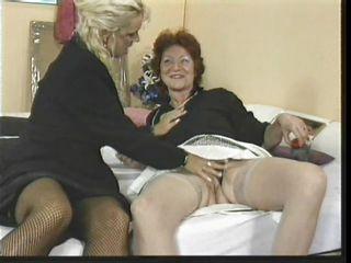 Ретро порно со зрелыми женщинами